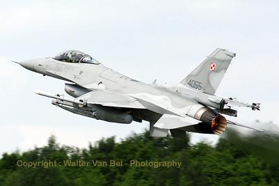 PoAF_F-16CJ_4055_cnJC-16_EBFS_20090520_IMG_6704_WVB_1200px_ed2