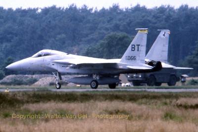 USAF_F-15C_79-0066_BT_cn613-C135_EBBL_19850705_scan_WVB_1200px