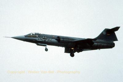 GAF_F-104G_26-82_Marine_MFG2_cn683-7428_EBBL_19850705_Scan_WVB_1200px
