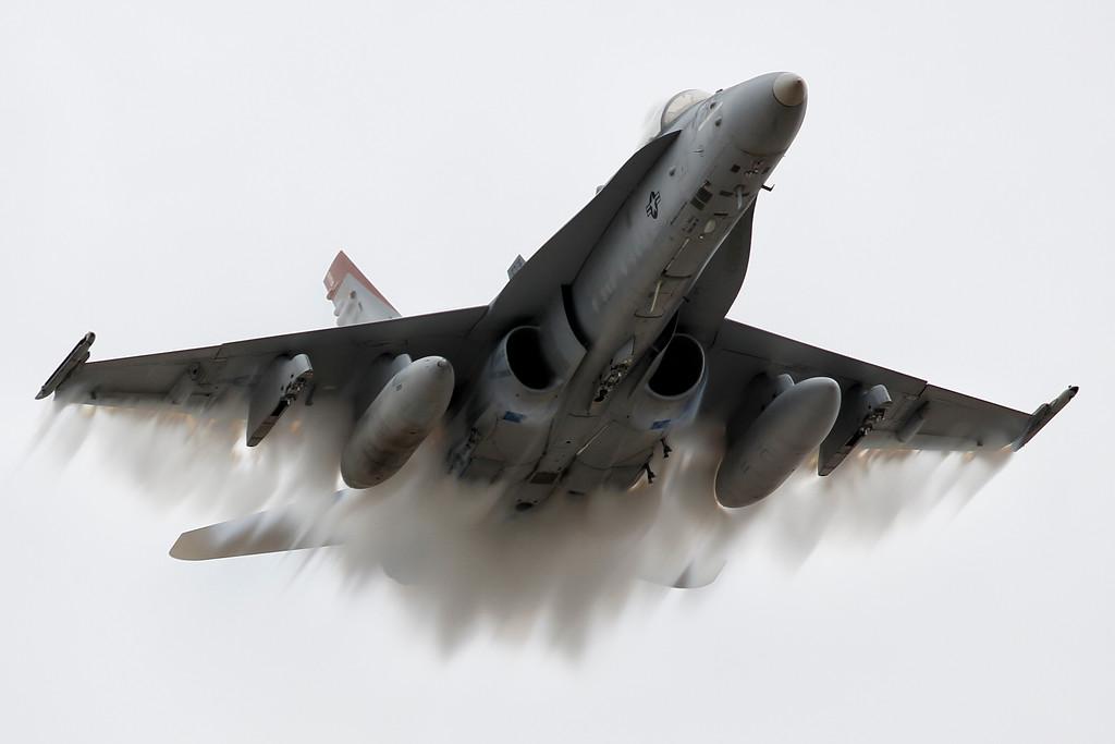 IMAGE: https://photos.smugmug.com/Aviation/Miramar/Miramar-Air-Show-2019/i-bTRWHpT/0/d41b97bd/XL/U21A8736_mod-XL.jpg