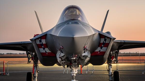 F-25 Lightning