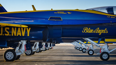 US NAVY Blue Angels Line Up