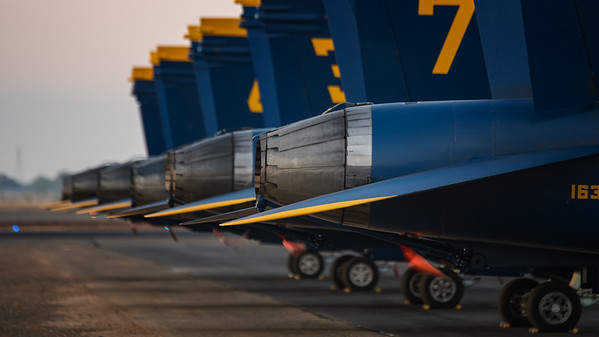 US NAVY Blue Angels #9