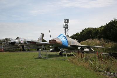 ex-RAF Avro Vulcan B.2, XL319 & ex-French AF North American F-100D Super Sabre, 42157 - 04/08/18