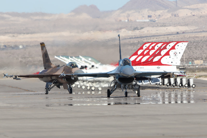 F-16 Fighting Falcons and USAF Thunderbirds