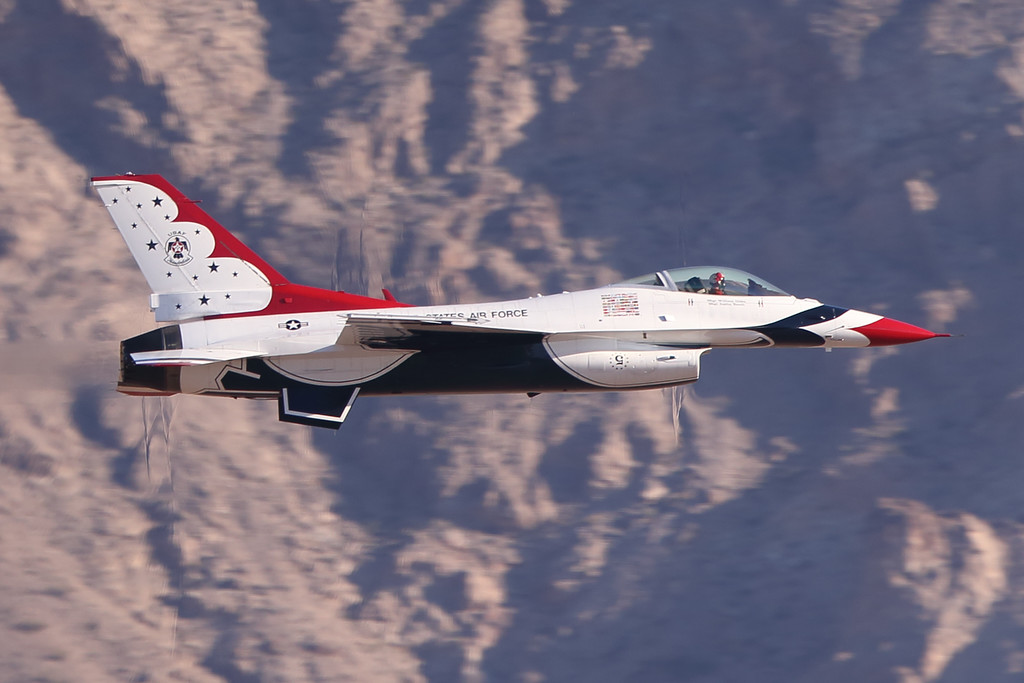 IMAGE: https://photos.smugmug.com/Aviation/Nellis-Air-Shows/Nellis-Air-Show-2016/i-ghX7BfZ/0/eaad2dba/X2/AF2V6112_mod-X2.jpg