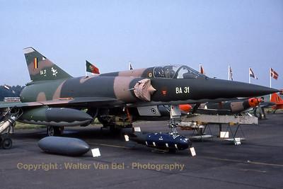BAF_Mirage-5BA_BA31_EBST_1985_scan_WVB_1200px_extraUSM