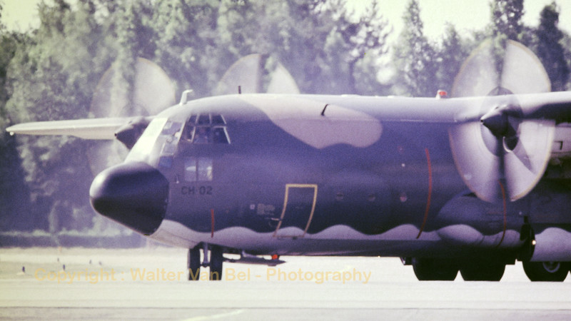 This Belgian Air Force C-130H Hercules (CH-02; msn382-4460) is seen here turning into the taxitrack, during a spottersday at Kleine Brogel. [Scan from old slide]