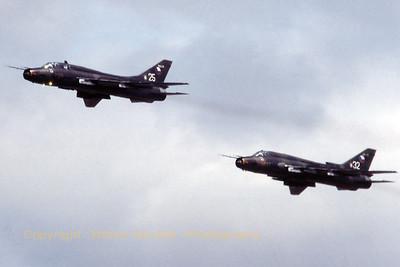 CzechAF_Su-22M-4K_2x_7310-25-17532373610_EGVA_199507xx_Scanned20070519_WVB_1200px