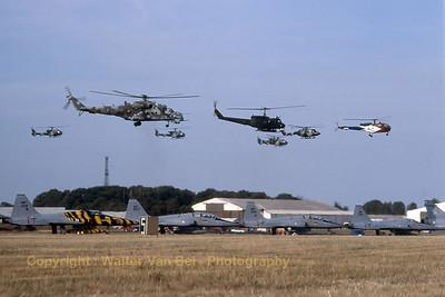 CzechAF_Hind_Mi-24V1_0709-730709_EGVA_199507xx_Scanned20070519_WVB_1200px