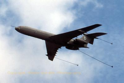RAF_VC10_D_ZA143_cn813_EGVA_199507xx_Scanned20070527_WVB_1200px