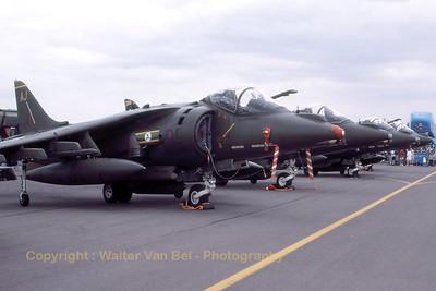 RAF_Harrier_GR7_ZG533-AJ_cnP87_EGVA_199507xx_Scanned20070519_WVB_1200px