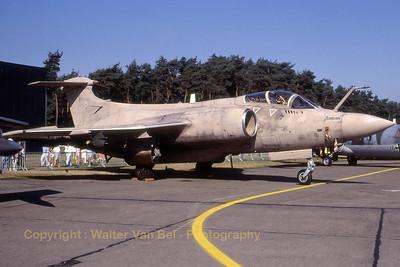 RAF_Buccaneer-S2B_XX894-O_cnB3-03-74_EBBL_19910901_Scanned20070528_WVB_1200px