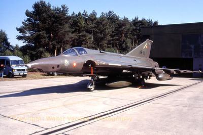 RDAF_Saab-Draken_RF35_AR-111_cn35-1111_Esk729_EBBL_19910901_Scanned20070528_WVB_1200px