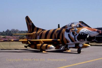PortuAF_Fiat-G91R-3_5452_cnD469_EBBL_19910901_Scanned_WVB_3000px