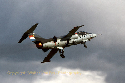Impressive fly-by, during awful weather conditions, by this Dutch F-104G Starfighter, wearing a special demo c/s. Enschede - Twenthe (ENS / EHTW), September 15, 1979
