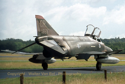 A Soesterberg-based Phantom (74-0653 / CR, cn 4804) in Vietnam c/s, during taxi to the active runway. Those days are long gone ;-( (scanned from slide)