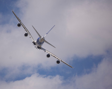 Airbus A380 maneuvering at EAA AirVenture 2009.