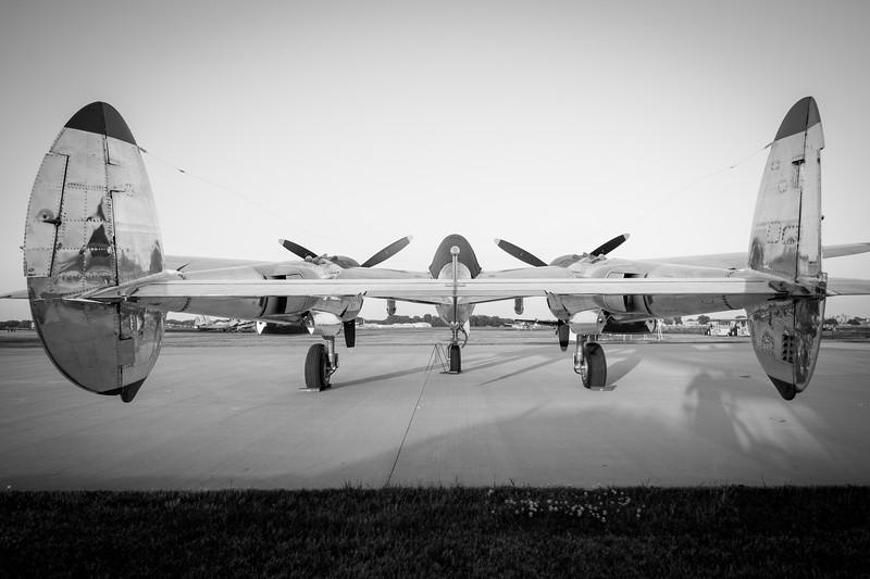 IMAGE: http://www.adler-photo.com/Aviation/Oshkosh-2014/i-4Gs4rq8/2/L/IMG_3465-L.jpg