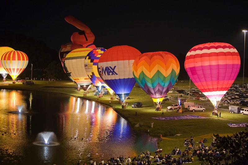 Photo taken September 27, 2008.  The balloon glow, Pellissippi State Community College Balloon Festival, 2008.