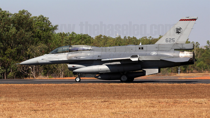 Notoriously secretive, Singapore has been coy about revealing what equipment is inside the dorsal spine of its F-16Ds. Along with the F-16D Block 52s, the RSAF also operates 20 F-16D Block 52+ aircraft with the spine and Conformal Fuel Tanks.