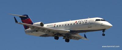 Delta Connection Canadair CL-600-2B19 Regional Jet CRJ-200LR N8390A