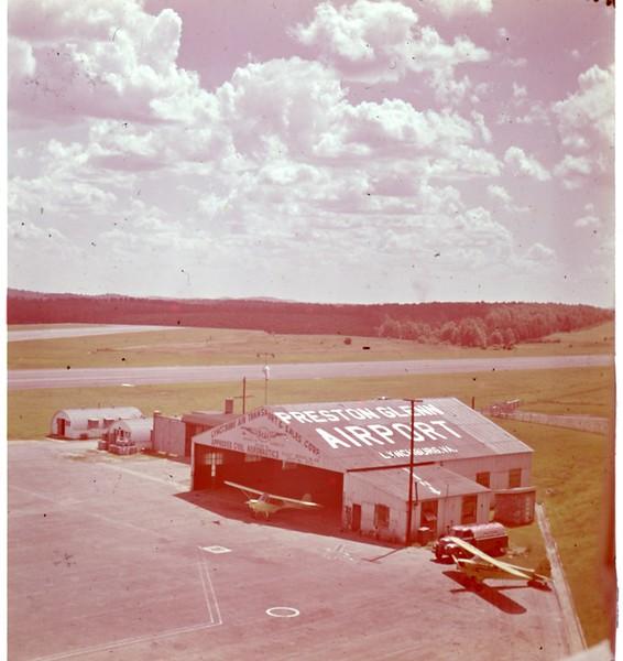 Preston Glenn Airport Hangar  (09833)