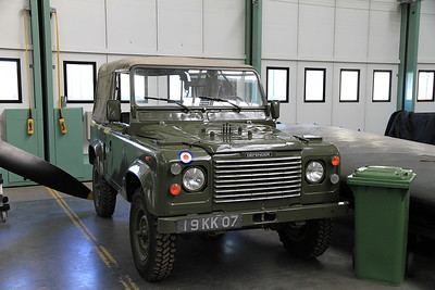 ex-RAF Land Rover Defender 19 KK 07 - 19/03/11.