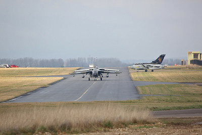 RAF Panavia Tornado GR.4s, ZG752/129, ZG775/AF & ZD716/084/DH, taxi for take off - 23/01/19