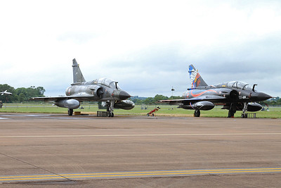 French AF (Ramex Delta Display Team) Dassault Mirage 2000N's, 375/125-CL & 353/125-AM, on the flight line - 10/07/16.