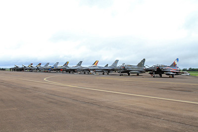 Flight line with French AF (Ramex Delta Display Team) Dassault Mirage 2000N's, 353/125-AM & 375/125-CL, nearest the camera - 10/07/16.