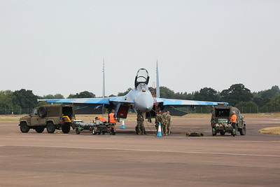 Ukrainian Air Force Sukhoi SU-27 'Flanker', Blue 58, being prepped - 16/07/18