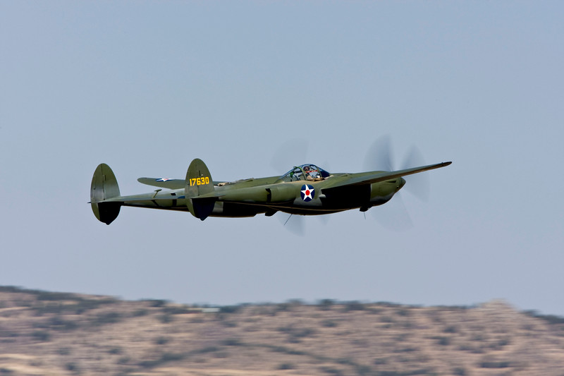 """P-38 Lightning """"Glacier Girl"""" piloted by Steve Hinton at the 2008 Reno Air Races"""