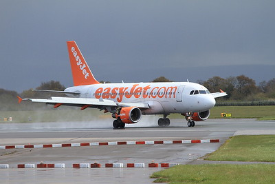 Easyjet Airbus A319-111, G-EZFJ, landing on Runway 1 - 30/04/16.
