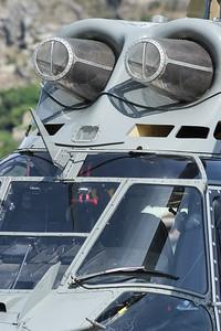 Ce Super-Puma appartient a la societe Eagle Helicopter basee a Sion (CH) - www.eaglehelicopter.ch. Il s'agit du meme modele que celui de l'armee suisse. Photographie lors de la manifestation du 12 juin 2011 a l'aeroport de Sion