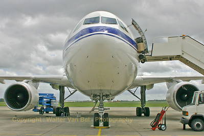 BAF_Airbus-A310_CA-01_frontview_EBMB_20060519_CRW_4269_RT8_WVB