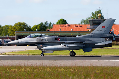 Turkish Air Force F-16CJ Fighting Falcon (07-1007; cnNV-7), is seen here braking after landing on Wittmund's RWY26 at the end of another JAWTEX-mission.