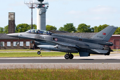 Turkish Air Force F-16DJ Fighting Falcon (07-1020; cnNW-6) slowing down on RWY26 at Wittmund (the braking-chute had just been released), at the end of another JAWTEX-mission.