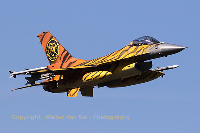 "The 31Sqn Tiger, a Belgian Air Force F-16AM (FA-77; cn6H77), made a very beautiful photo-pass during the GRAS-organized spottersday (supported by DHC). The ""Tiger"" was leading a QRA-formation flight, with FA-106 (cn6H-106) as his wing-man."