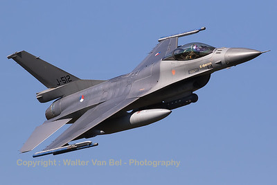 This Royal Netherlands Air Force F-16AM (J-512; cn6D-151), made a very beautiful photo-pass during the GRAS-organized spottersday (supported by DHC).
