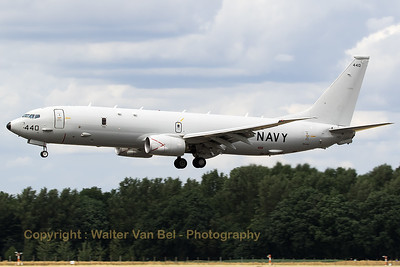 "US Navy Boeing P-8A Poseidon (168440; cn40820/436), on final for a touch-and-go on RWY27 at Geilenkirchen Air Base, during the spottersday to celebrate ""35 Years NATO E-3A Component""."