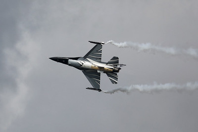 "The ""Dark Falcon"" F-16AM (FA-101; cn6H-101), piloted by Stefan ""Vador"" Darte, going through its paces during the BAF Demo Teams Acceptance Day at Beauvechain Air Base."
