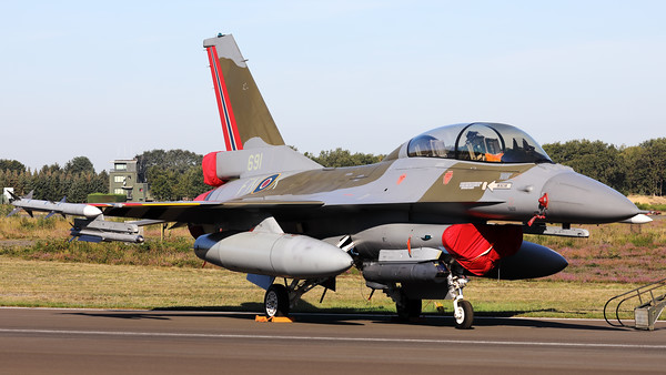 This Royal Norwegian Air Force F-16BM (691; 6L-10; code FN-K) of 331 Skv, received a special c/s as the RNorAF celebrated its 75th anniversary in 2019. Norway was inspired to paint this Fighting Falcon in the colors of a Spitfire it once used. That special aircraft involved is Spitfire IX, PL258 FN-K, of 331 (Norwegian) Squadron. This F-16BM also wears D-Day stripings which are applied on the lower side of the aircraft in commemoration of the 75th anniversary of D-Day, and in commemoration of the battle of Normandy.