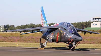 This French Air Force Alphajet E (705-RR; cnE114; F-TERR) of EAC00.314, in the c/s of the Alphajet Solo Display, is seen here parked on the taxiway at Kleine Brogel during the spottersday, prior to the Sanicole-Airshow.