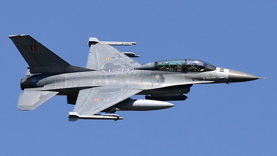 Also 31Sqn from KB paid a visit to the Ursel Avia Spottersday! Here you see F-16BM (FB-23; 6J-23) during a fly-by over the Air Base. Unfortunately, the fly-by was limited because low-fuel status which required a quick return to KB.