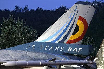 """Tail close-up of this Belgian Air Force F-16AM (FA-87; msn6H-87), showing the splendid new c/s to celebrate """"75 years Belgian Air Force"""" (Nightshoot during the """"75-Years BAF - Anniversary Spottersday"""")."""