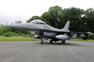 """This fully armed Belgian Air Force F-16AM (FA-84; msn6H-84) was also present in the static of the """"75-Years BAF - Anniversary Spottersday""""."""