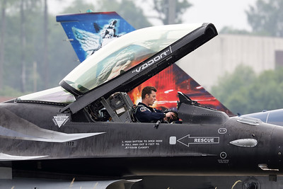 """Close-up of display pilot Stefan """"Vador"""" Darte in the cockpit of the """"Dark Falcon""""  F-16AM (FA-101; cn6H-101), fully concentrated prior to his display during the BAF Anniversary Spottersday at Florennes Air Base."""