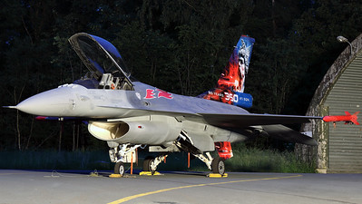 """This Belgian Air Force F-16AM (FA-86; msn6H-86) wears a splendid new c/s to celebrate """"80 years 350th Squadron"""" (Nightshoot during the """"75-Years BAF - Anniversary Spottersday"""")."""