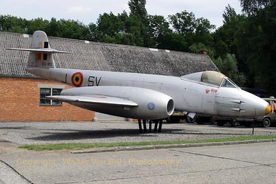BAF_Gloster_Meteor-F8_EG-80_EBBE_20090721_CRW_13006_WVB_1200px